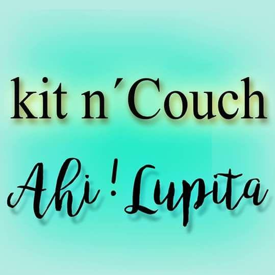 Kit n' Couch  /  Ahi! Lupita